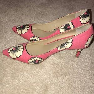 ann taylor daisy kitten heels